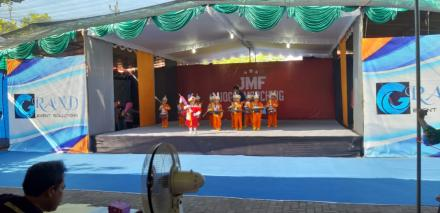 TK PERTIWI 44 DLINGO RAIH 3 PIALA MARCHING BAND