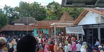 PEMBAGIAN SERTIFIKAT TANAH 2019 BERJALAN LANCAR